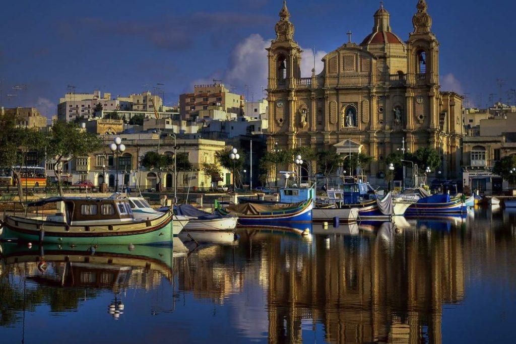Ведущее паспортное агентство на Мальте обвинили в коррупции