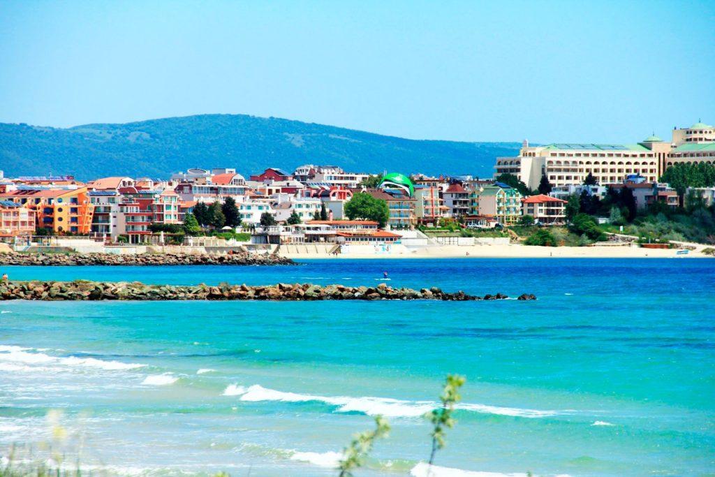 Плюсы и минусы покупки объектов недвижимости в Болгарии