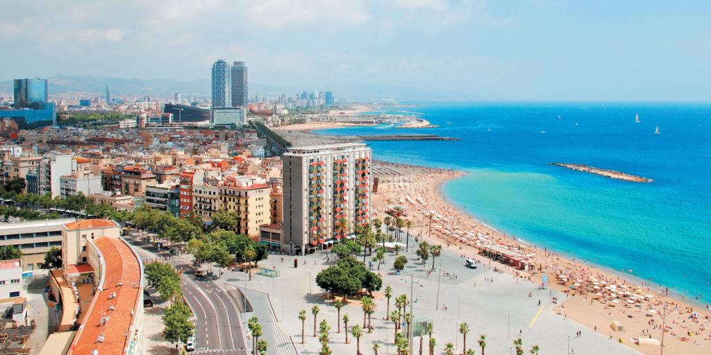 Недвижимость Барселоны: выбор между городом и его окрестностями