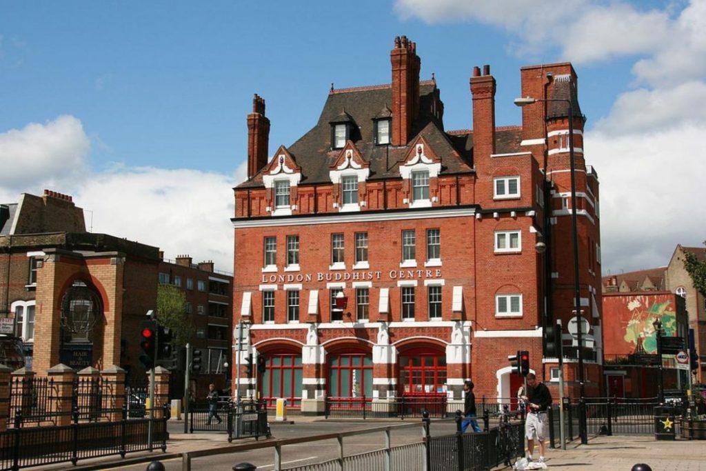 В Лондон за недвижимостью