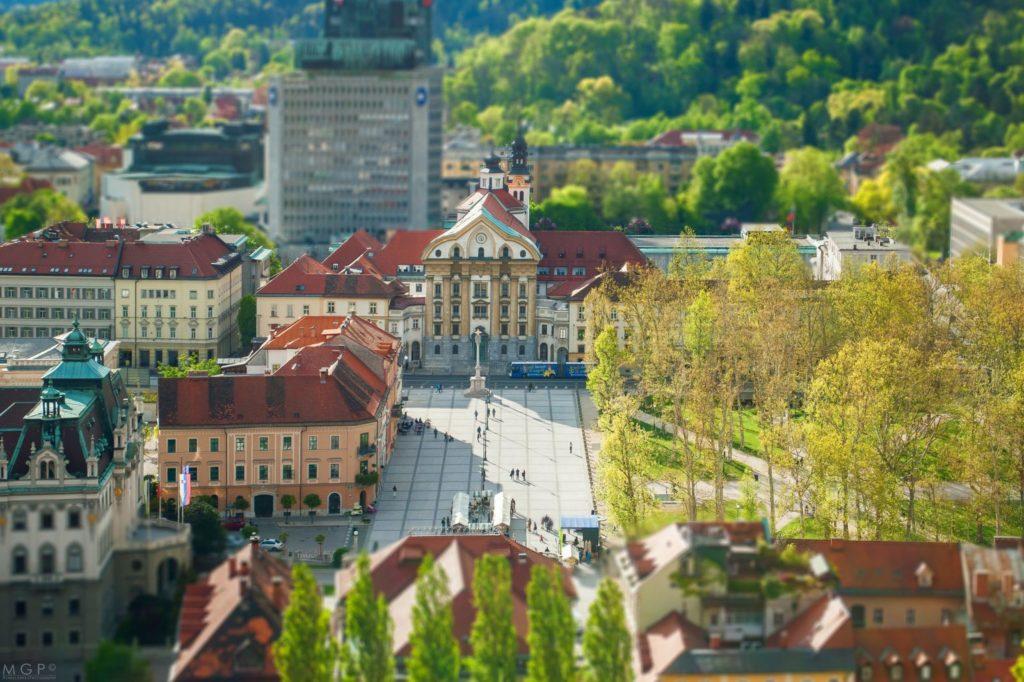 Перестройка и реновация торговых центров в Словении