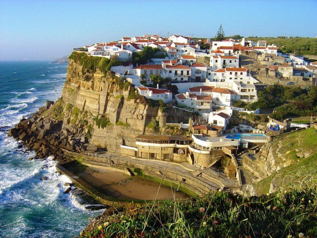 Оценка экспертов: изменение спроса на туры в Португалию