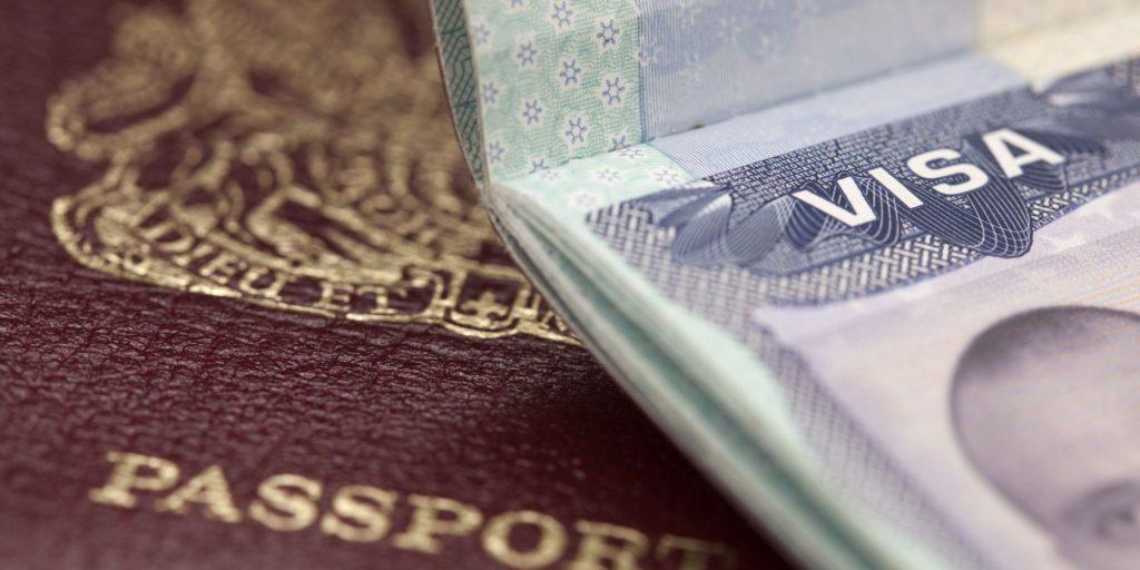 Оформить визу в США: если не в России, то где?
