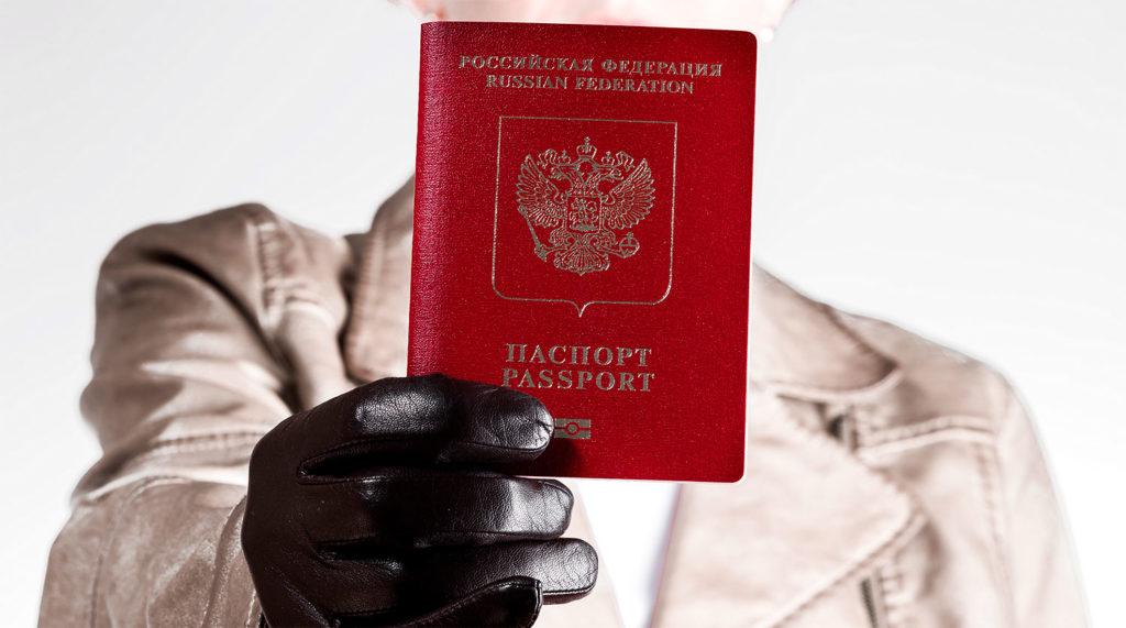 Россиянам доступен безвиз в 89 стран