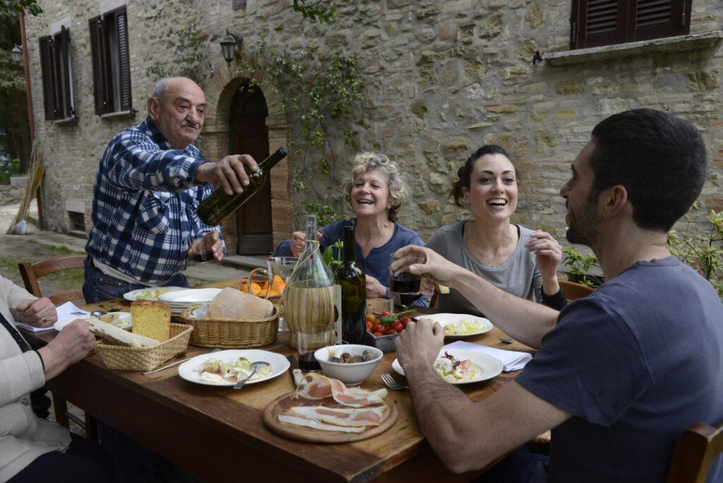 Реализм итальянцев и их стойкость
