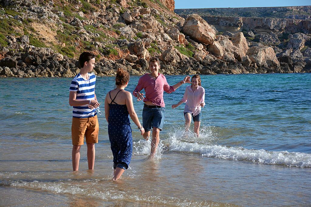 Мальта или Болгария? Языковой лагерь летом