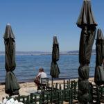 В Греции готовятся к приему туристов