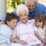 Без бабушек и дедушек нет развития