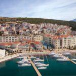 Чем живет новый курортный город на побережье Адриатики